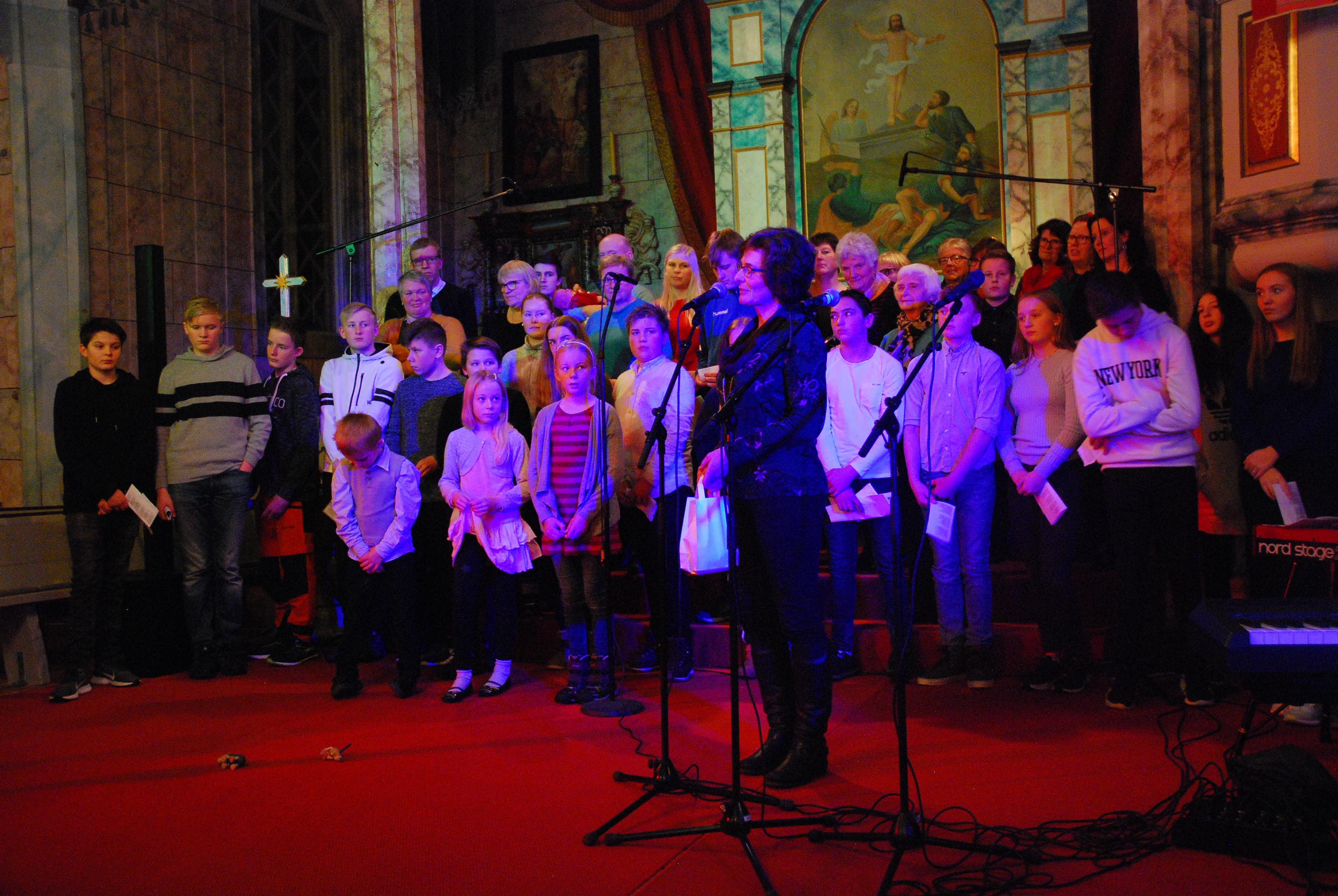 Konsert med Oddgeir Bruaset i Os kirke i desember